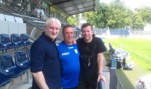 Champions League im Karli: Platzwart Andy Proba mit Lothar Matthäus und Rudi Völler