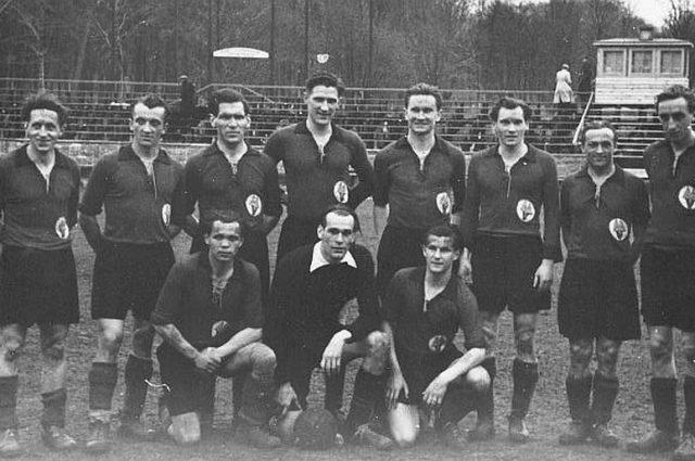 Babelsbergs Oberliga Elf 1949/50 (hintere Reihe, fünfter von links: Helmut Kandziora)