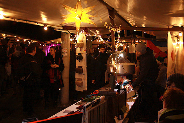 Weihnachtsmarkt Fürstenwalde.Freie Stände Zum Nulldrei Weihnachtsmarkt Babelsberg 03