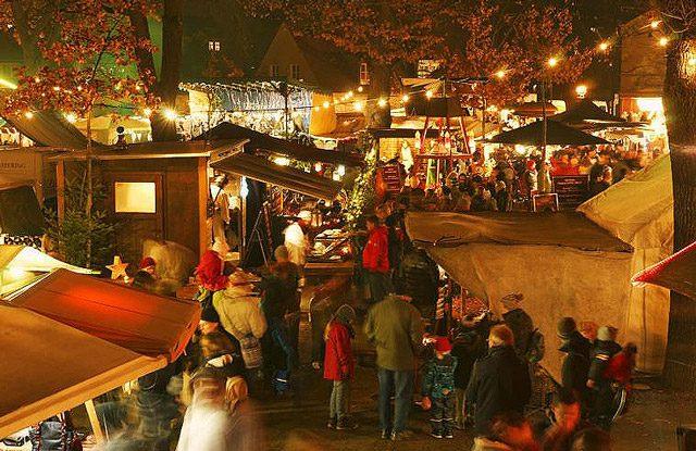 Weihnachtsmarkt Fürstenwalde.Autogrammstunde Und Nulldrei Stand Auf Dem Böhmischen